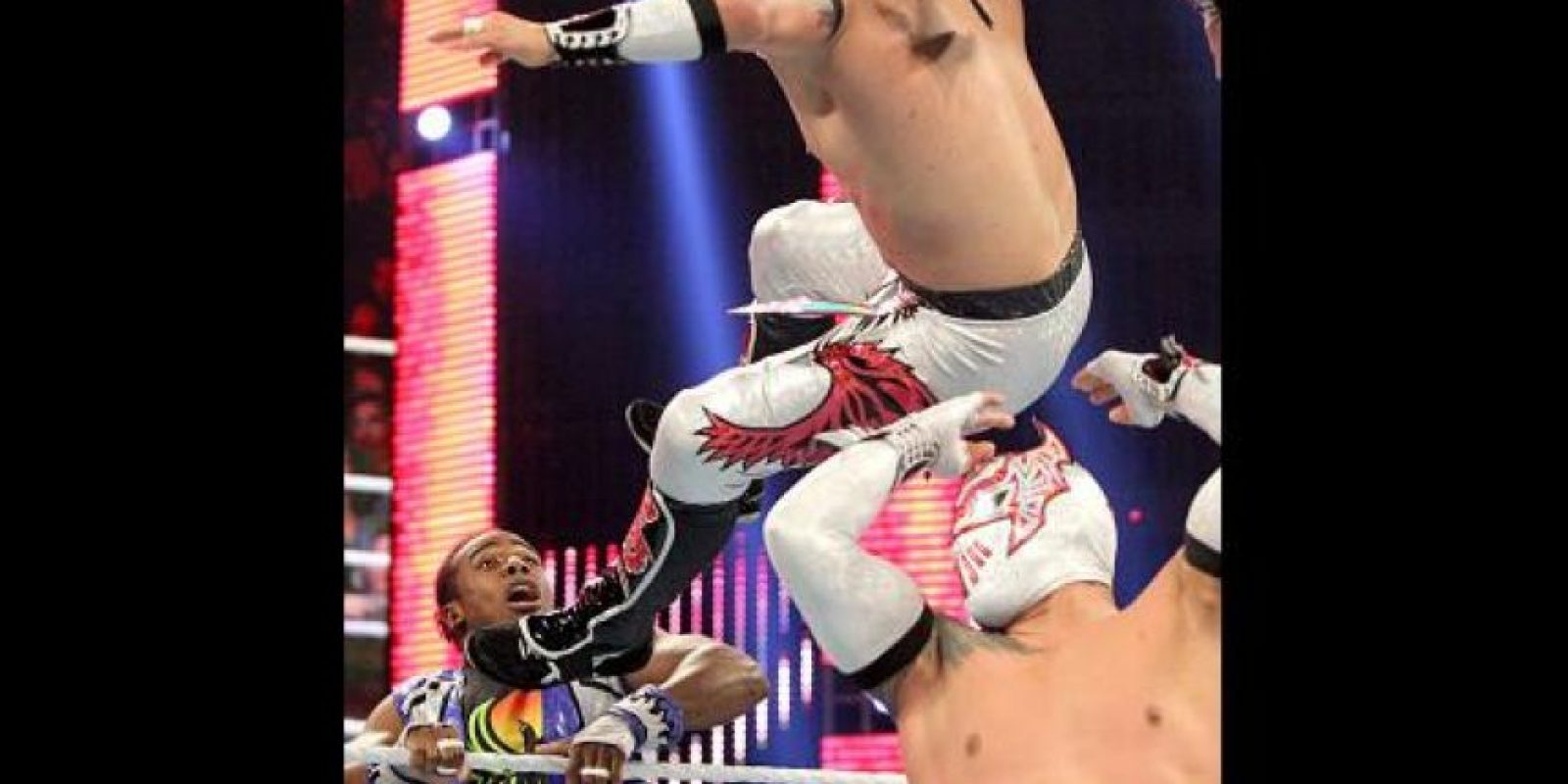 Los Lucha Dragons (Sin Cara y Kalisto) también estarán en la pelea Foto:WWE