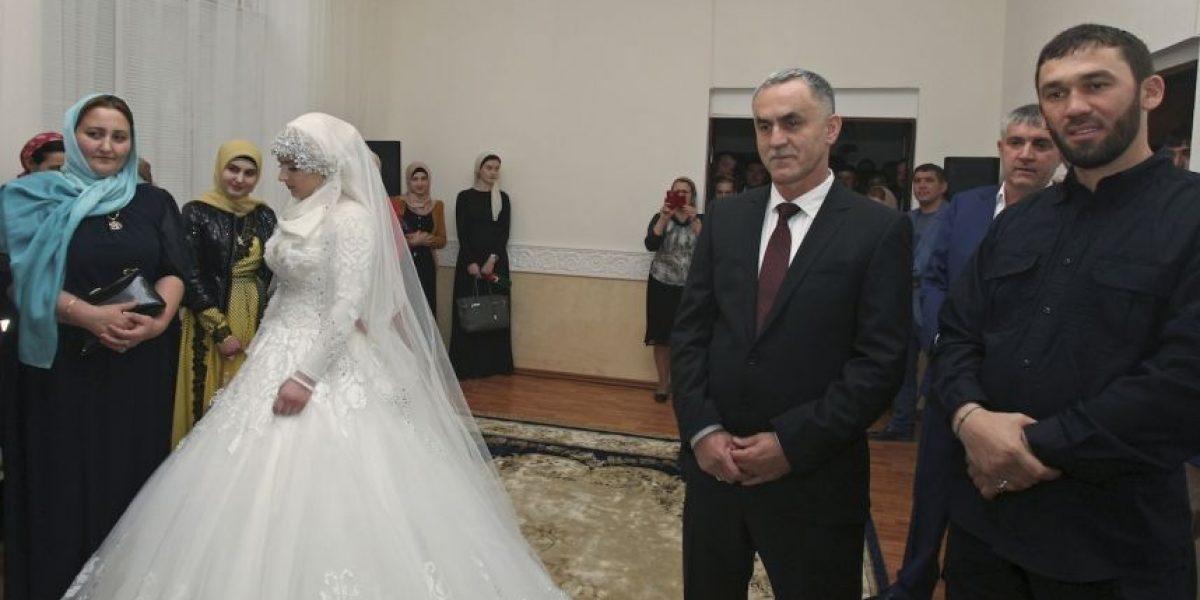 FOTOS: Así protestan contra los matrimonios forzados en Rusia