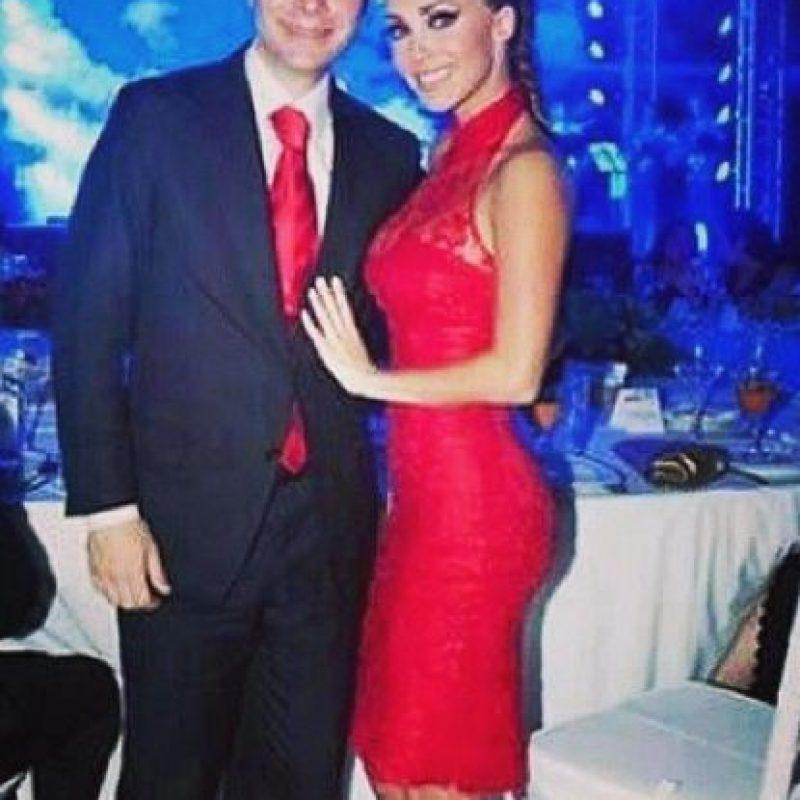Anahí anunció que tenía conjuntivitis Foto:Vía instagram.com/anahiofficial