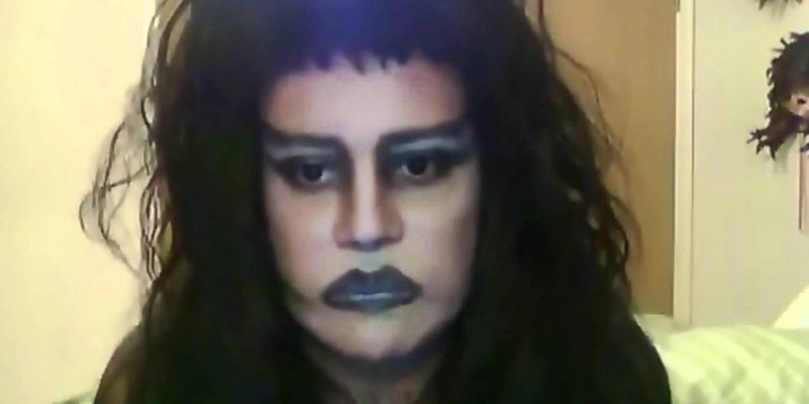Los labios oscuros también han sido una tendencia tabú. Foto:vía Youtube