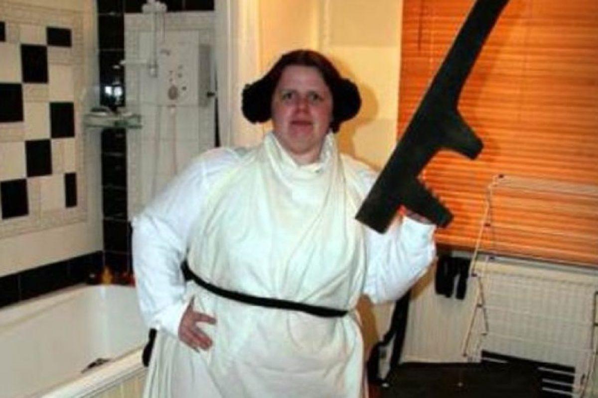 Hizo todo lo posible para parecerse a Leia Organa… Foto:costumepop