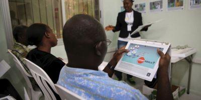 Sobrevivientes de Ébola aún pueden contagiar a través de las relaciones íntimas