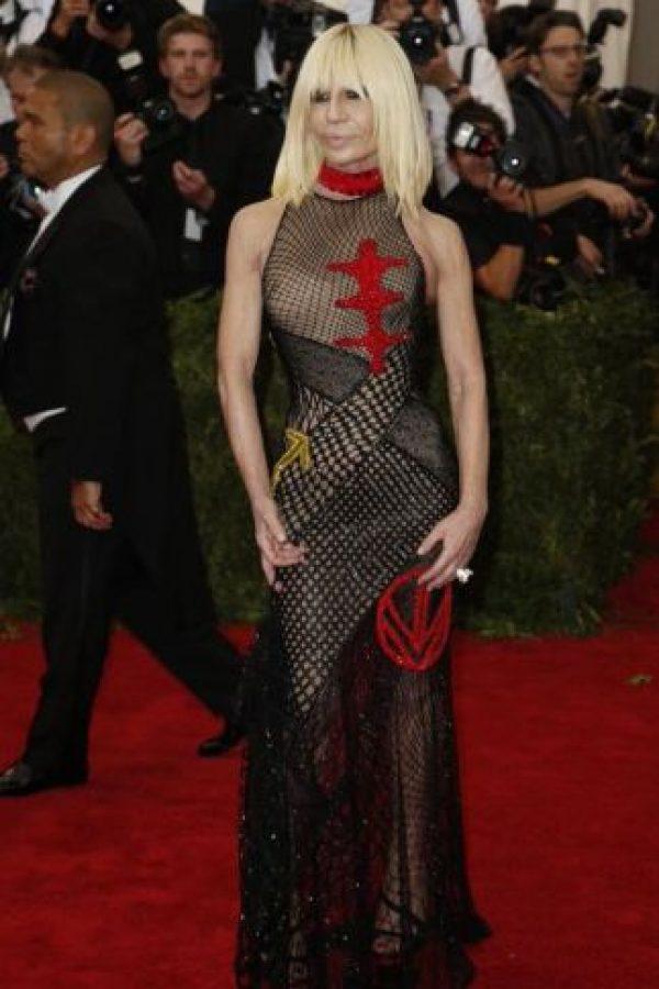Donatella y su desastre. Foto:vía Getty Images