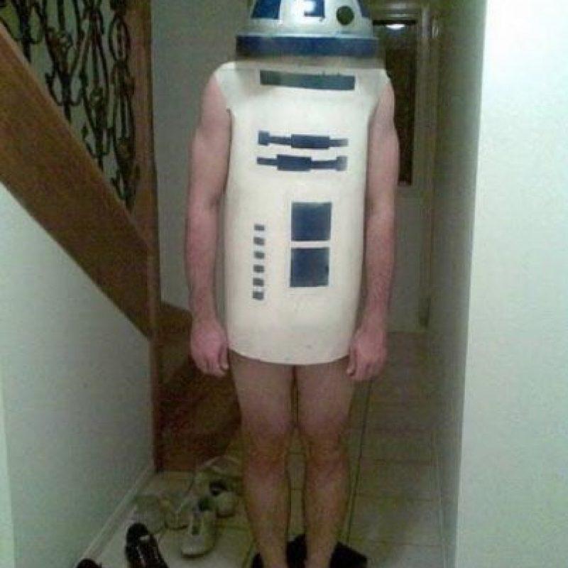 Aún le falta mucho para parecerse a R2-D2 Foto:Pinterest