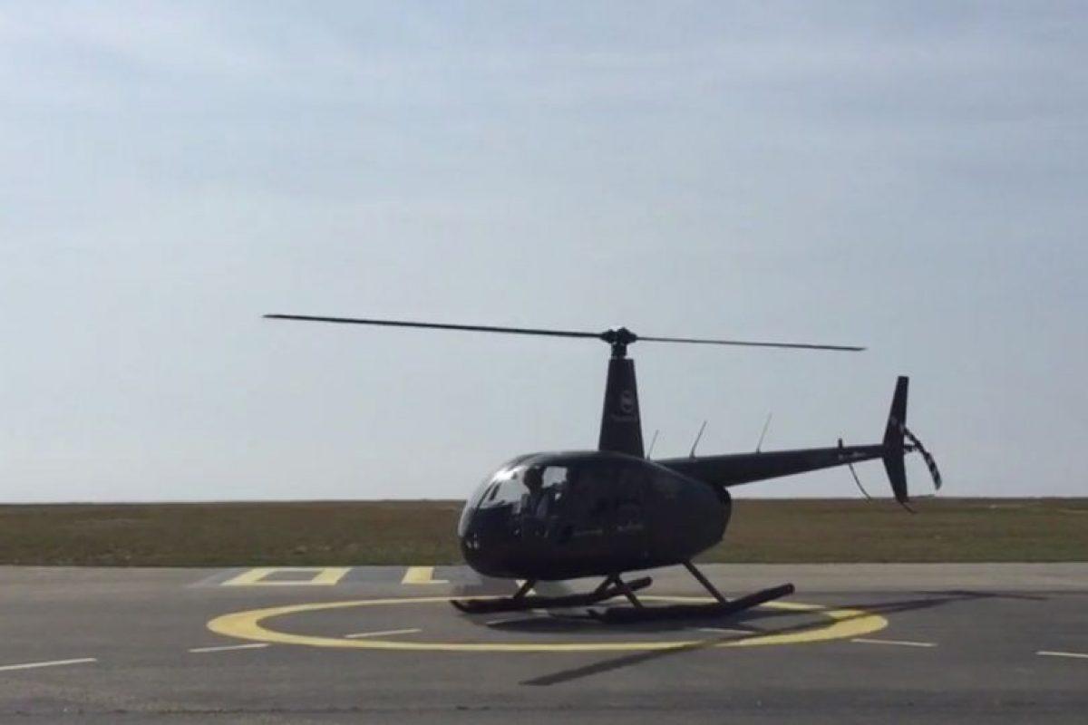 Se trató de un viaje en helicóptero desde el aeropuerto hasta la alfombra roja del certámen Foto:twitter.com/Uberfrance