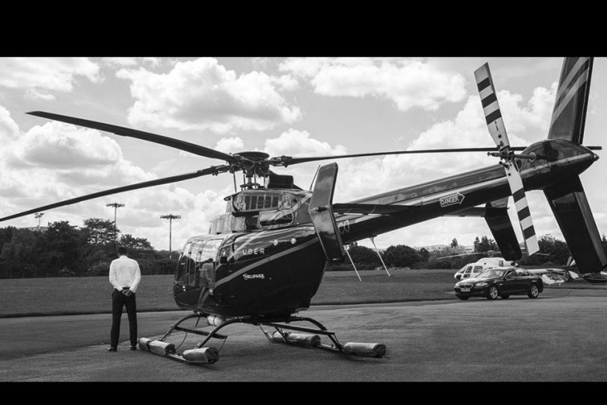 También se estrenó un videoclip filmado en blanco y negro como promoción de este servicio Foto:twitter.com/Uberfrance