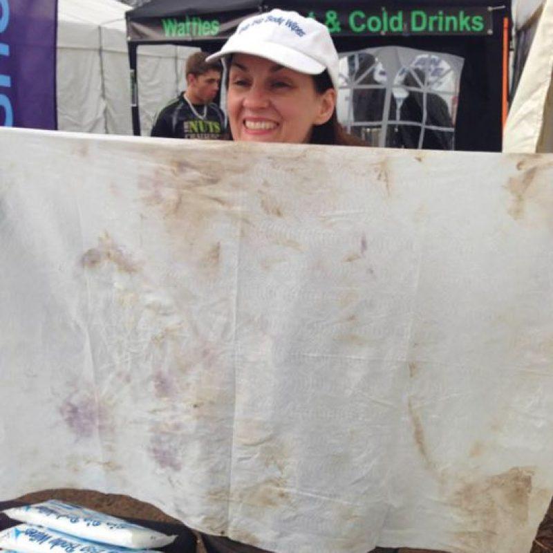 ¿No hay ducha? Ni un problema: A juzgar por el estado de esto, esas toallitas húmedas gigantes fregan bastante bien Foto:Helen Kirkham