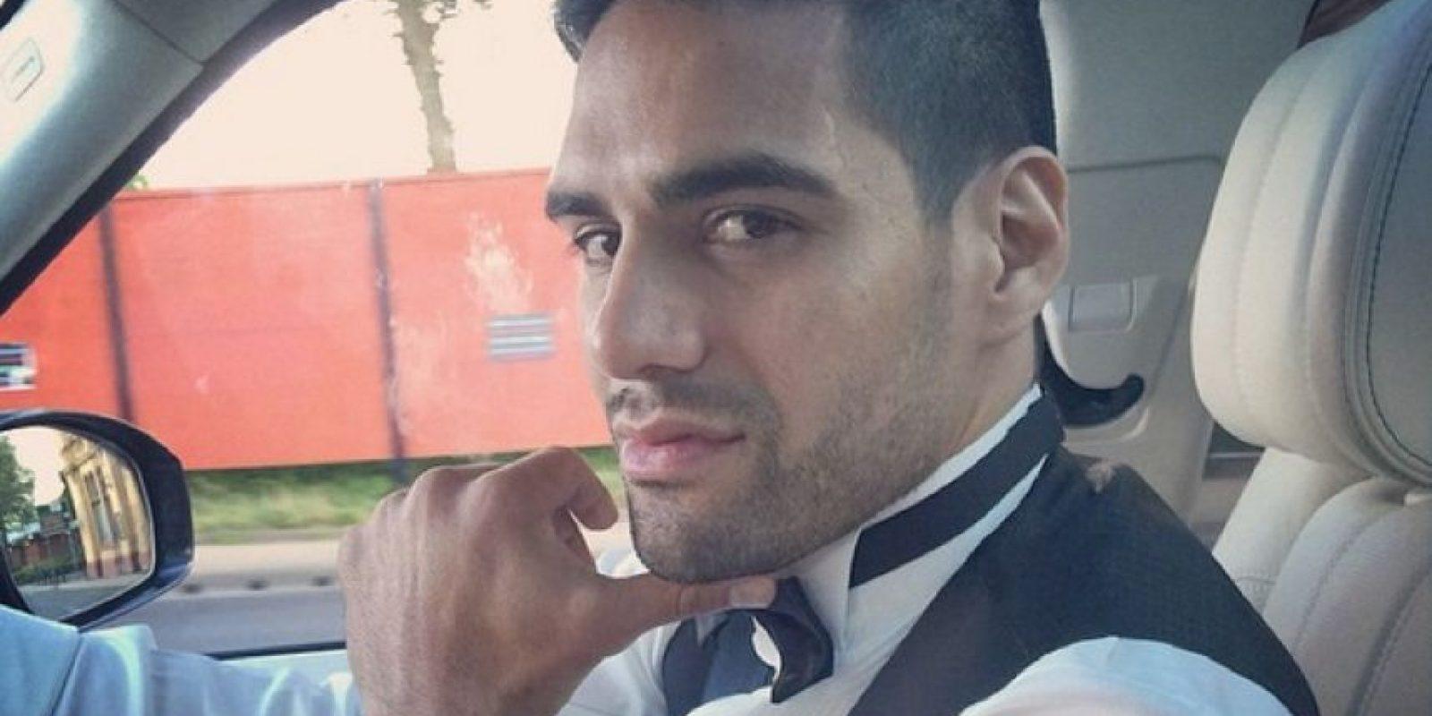 """Tras varios años de carrera, este es el aspecto actual del """"Tigre"""", que ya dejó atrás su cabello largo y optó por un estilo más corto. Foto:Vía instagram.com/FALCAO"""