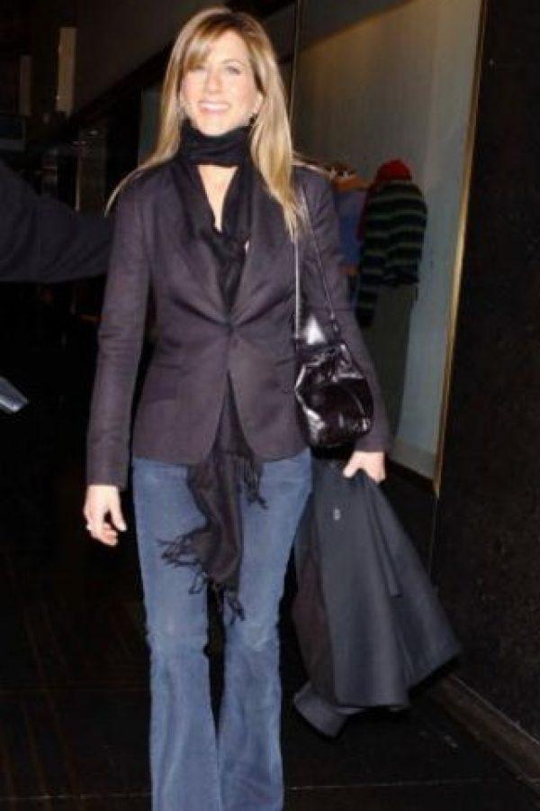 En la década de 2000 fue noticia por su divorcio de Brad Pitt y también por ser protagonista de varias comedias románticas. Foto:vía Getty Images