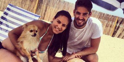 """Actualmente tiene dos, """"Bubu"""" a la izquierda, y """"Messi"""" a la derecha. Foto:Vía instagram.com/iscoalarcon"""