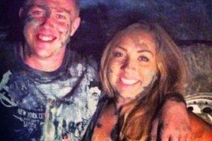 """""""Esta imagen fue tomada en la fiesta en la que nos conocimos. Luego a Kody se le partió la pierna y nuestra primera cita fue bajo los rayos X"""". Foto:vía Instagram/TheWayWeMet"""