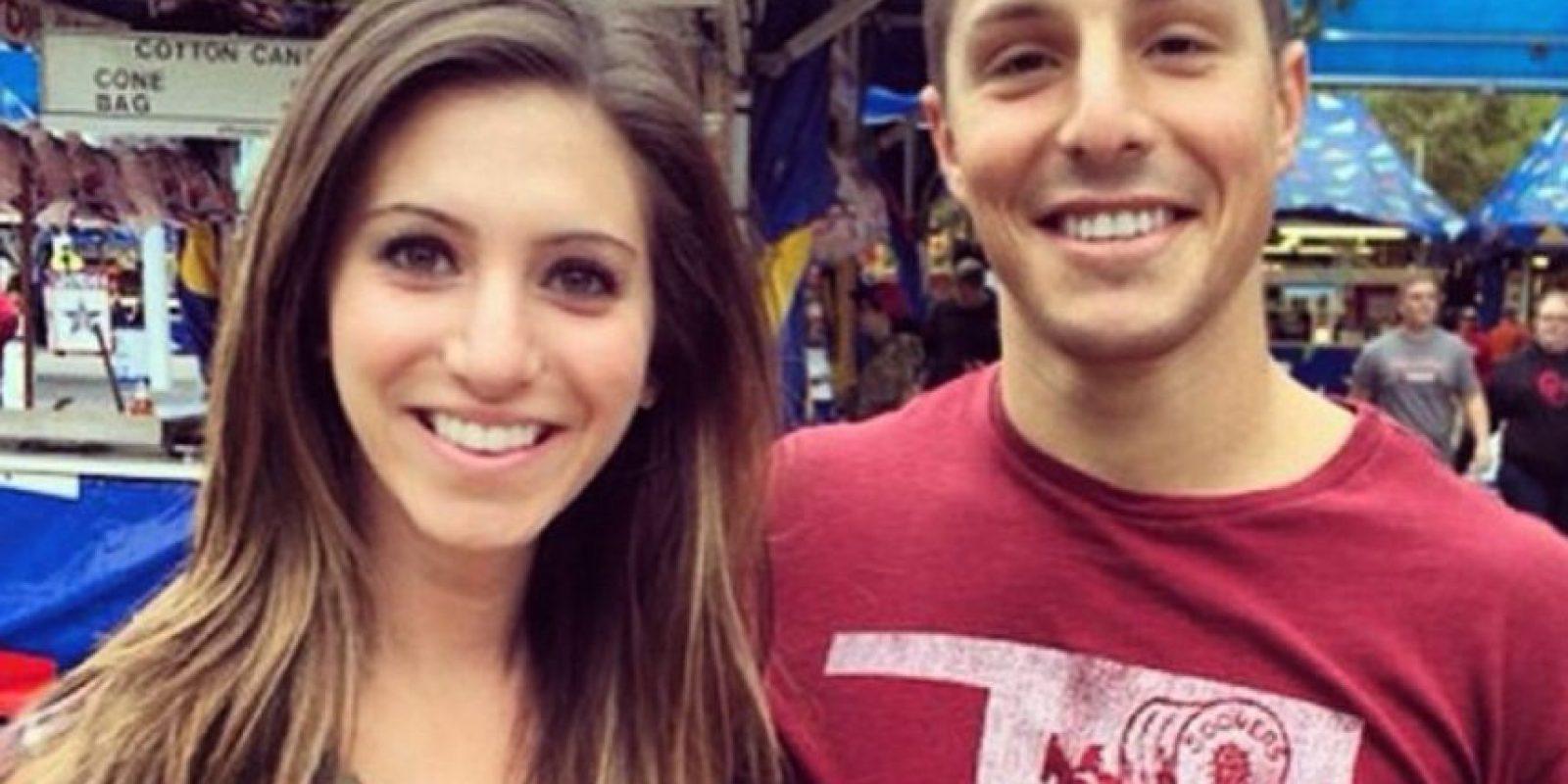 """""""Nos conocimos por una amiga en común y luego descubrimos que nuestros padres también fueron amigos. Eso nos hizo tan felices para comenzar nuestra relación"""". Foto:vía Instagram/TheWayWeMet"""