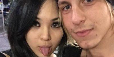 """""""Mi novio es músico de rock y yo fui elegida para el casting de su video. Nuestro primer beso fue ante las cámaras"""". Foto:vía Instagram/TheWayWeMet"""