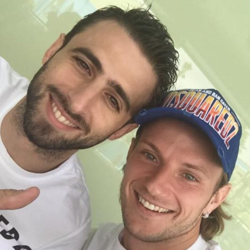 Ivan Rakitic se reunió con el también futbolista Nico Pareja Foto:Vía twitter.com/ivanrakitic
