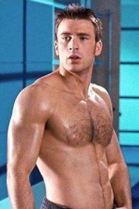 """Chris Evans, desde que es el """"Capitán América"""" ha tenido un físico musculoso. Foto:vía Disney"""