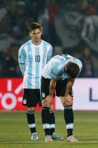 El diplomático retiró a la familia de Messi de las gradas y los trasladó a un palco para que vieran el partido cómodamente. Foto:Getty Images