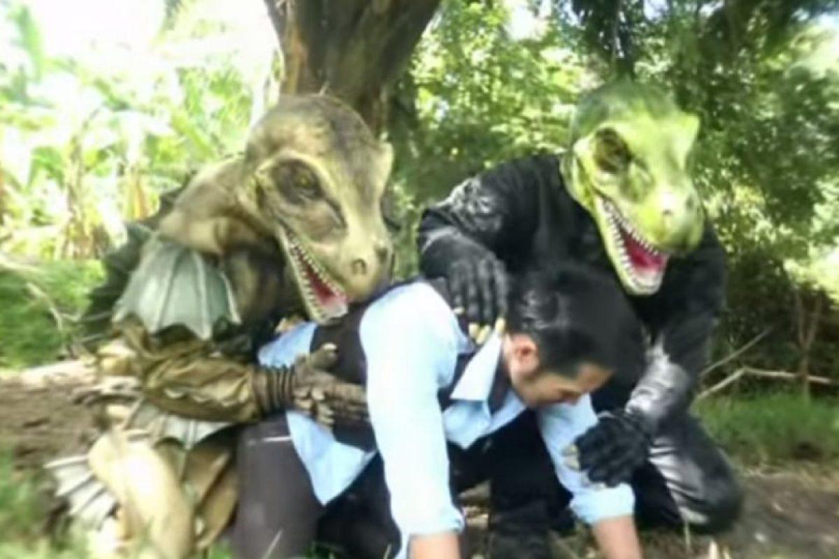 """La versión porno gay de """"Jurassic World"""" no dejará ver esta película igual. Foto:vía ghtai porn"""