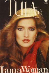 Caroline Cossey fue muy famosa en los años 80. 25 años antes que Caitlyn Jenner. Foto:vía Tula