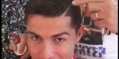 Cristiano Ronaldo pide ayuda para verse más guapo