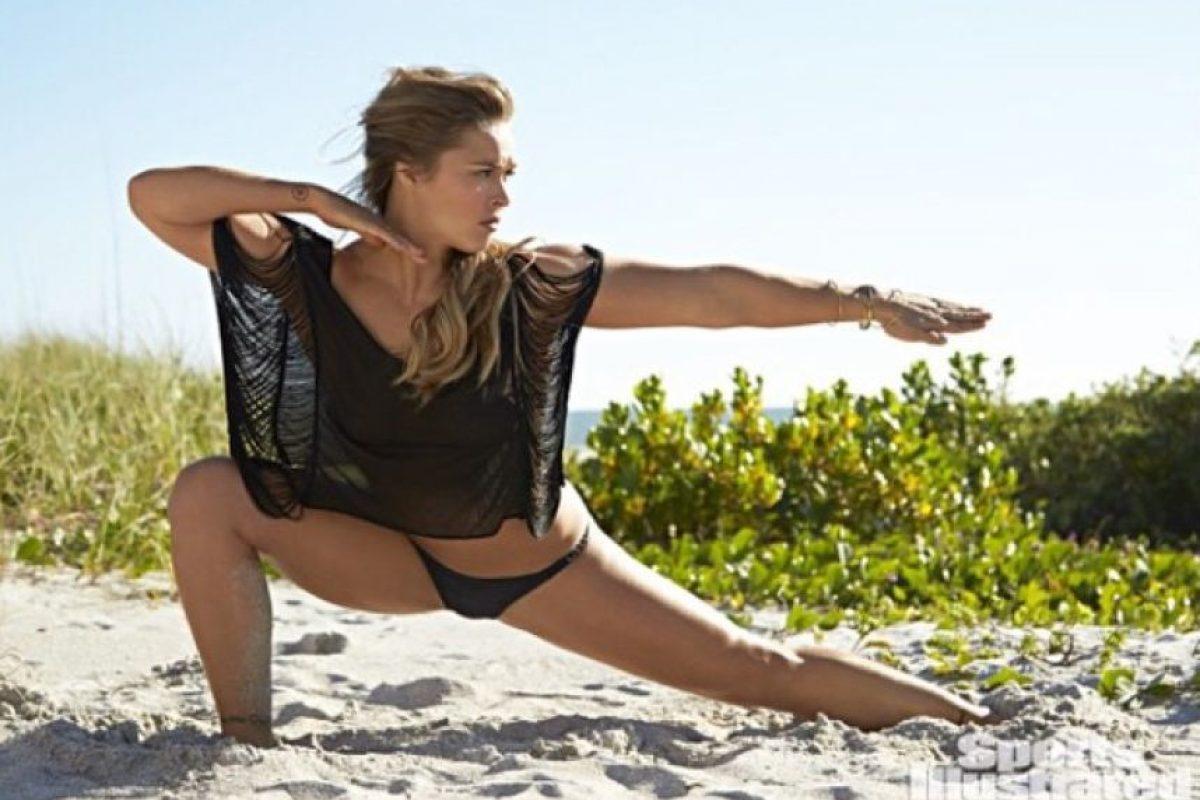 """Ronda ya posó para la tradicional edición """"Swimsuit"""" de Sports Illustrated. Foto:Vía instagram.com/rondarousey"""