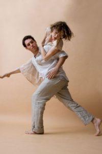 De hecho, se dedica a la danza. Foto:vía Facebook/ Tami Stronach