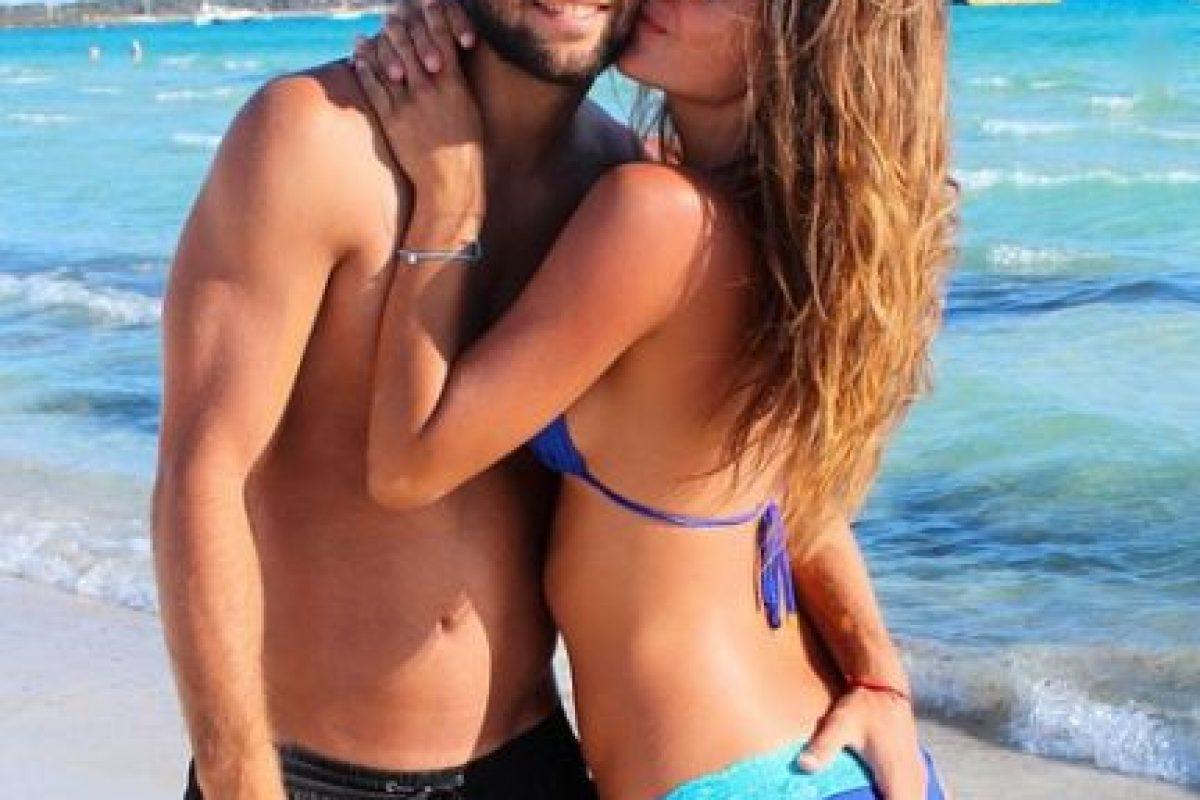 Es la novia del futbolista Mario Suárez desde 2012. Foto:Vía instagram.com/malenacosta7
