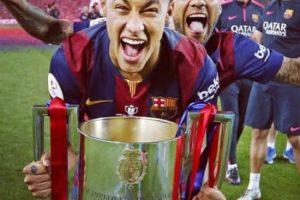 Sólo es superado por Lionel Messi y Cristiano Ronaldo, que tienen un valor de mercado de 120 millones de euros. Foto:Vía instagram.com/neymarjr