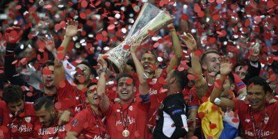 VIDEO. El Sevilla toca la gloria y celebra el título de la Europa League