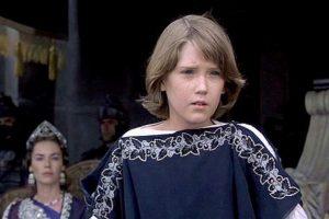 """Interpretó a """"Lucio Vero"""", el hijo de Connie Nielsen (""""Lucila"""") en la afamada película """"Gladiador"""". Foto:vía DreamWorks"""