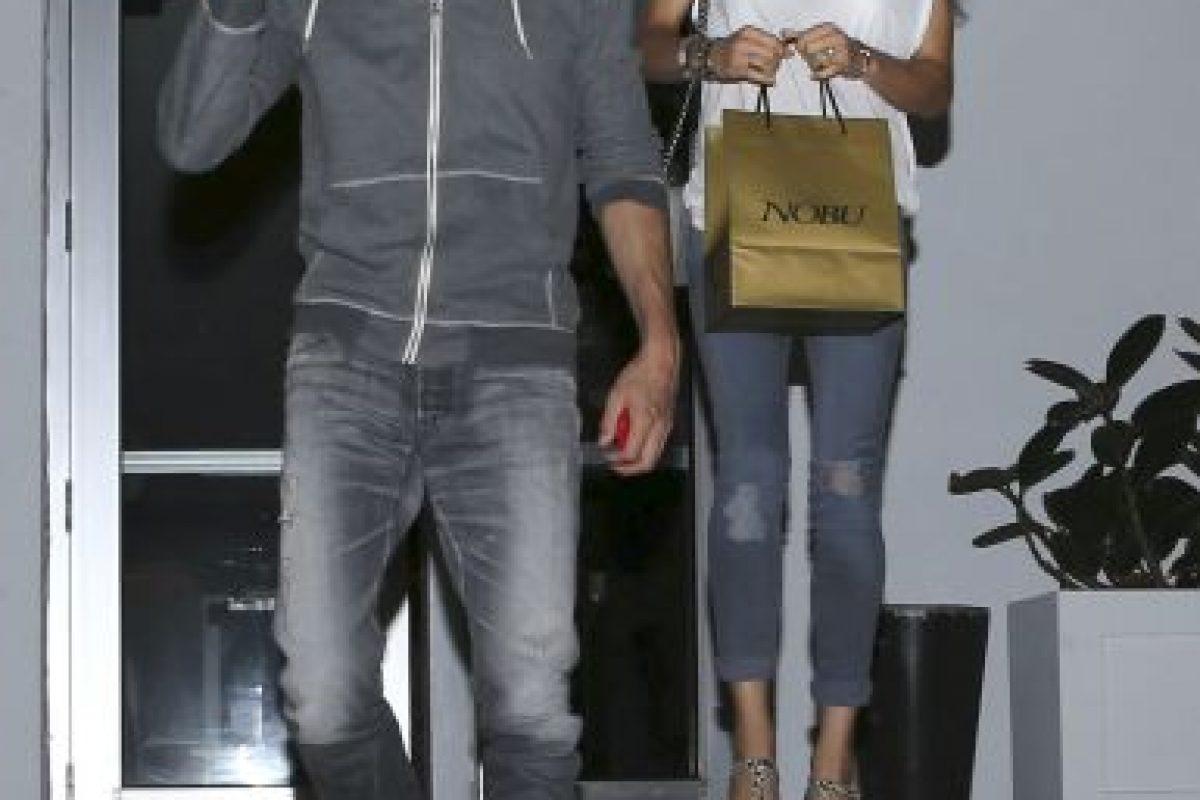 Pocas veces se deja ver al lado de su pareja, Enrique Iglesias. La imagen es de 2014 Foto:Grosby