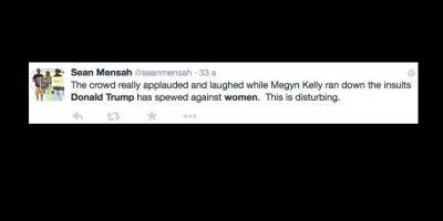 """""""Es horrible cuando la multitud aplaude al oír responder a Trump"""". Foto:vía Twitter"""