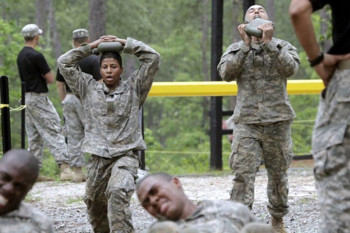 2. Este año fue el primero en que se permitió mujeres en el curso. Foto:AP