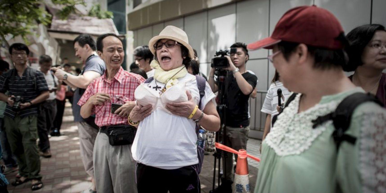 Sin embargo, las autoridades la acusaron de causar el incidente para culpar al policía. Foto:AFP