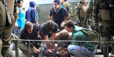 Mueren dos estudiantes en protestas en Chile. Foto:AFP