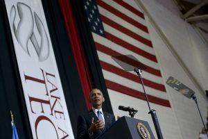 El presidente Obama dio un discurso de graduación en Lake Area Tech Community College en Watertown Foto:AFP