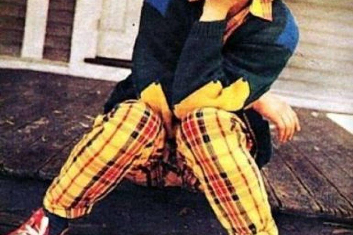 Al parecer, el actor solo cambió sus pantalones de colores encendidos por trajes más formales Foto:vía facebook.com/robertdowneyjr