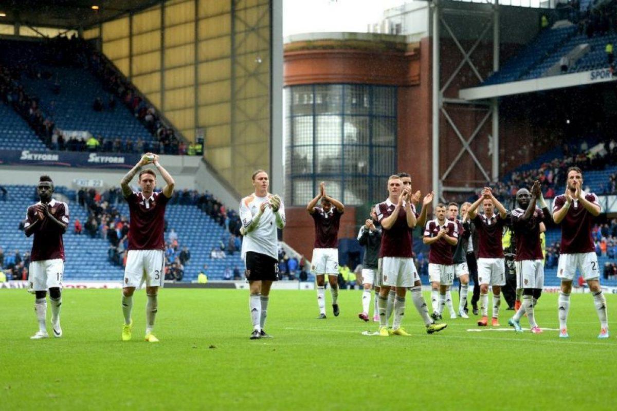 Tienen cuatro campeonatos de Liga, ocho Copas de Escocia y cuatro Copas de la Liga. Foto:Vía facebook.com/OfficialHeartofMidlothianFC