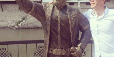 FOTOS: Esta es la primera estatua dedicada a los selfies