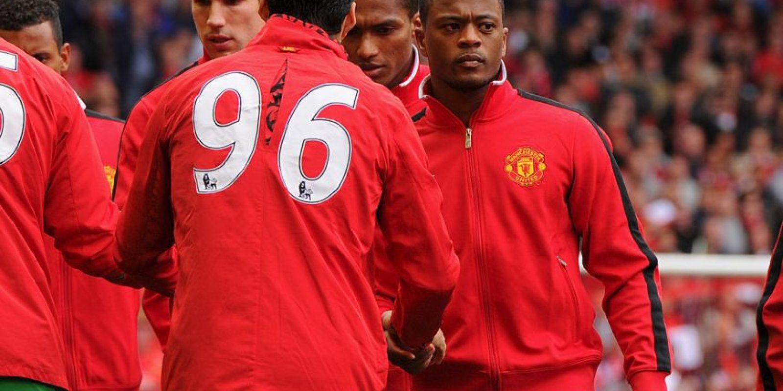 Pero en el siguiente partido, ambos futbolistas se dieron un frío apretón de manos, pero saludo al fin. Foto:Getty Images