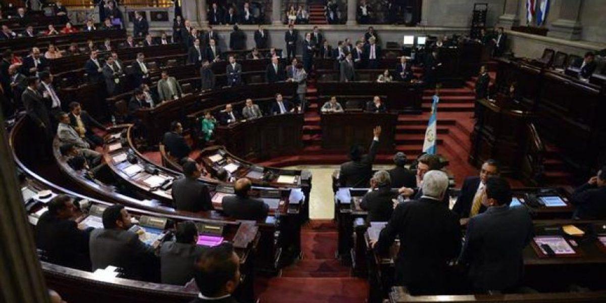 Mayoría de bancadas solicitará discutir antejuicio contra Pérez