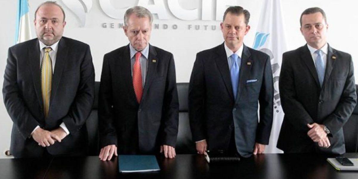 Esto abordó Jorge Briz, presidente del Cacif, con diputados de Líder