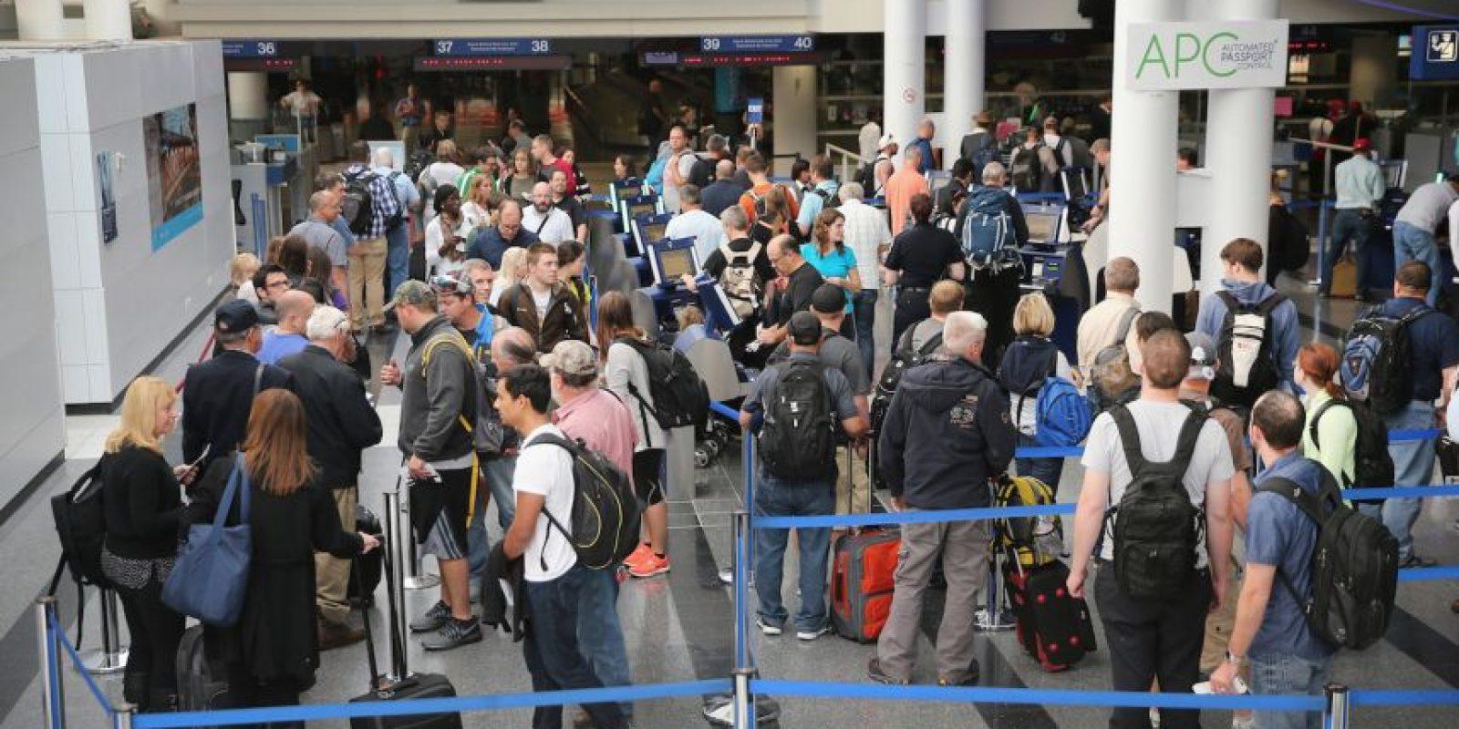 3. Un total de 6.7 millones de expatriados deben llevar cada año un formulario para declarar sus impuestos mientras viven en el extranjero. Foto:Getty Images