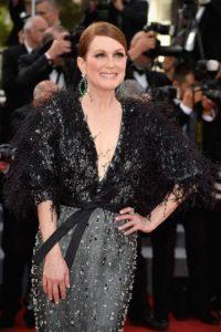 Julianne Moore luce un vestido negro que resalta su figura Foto:Getty Images