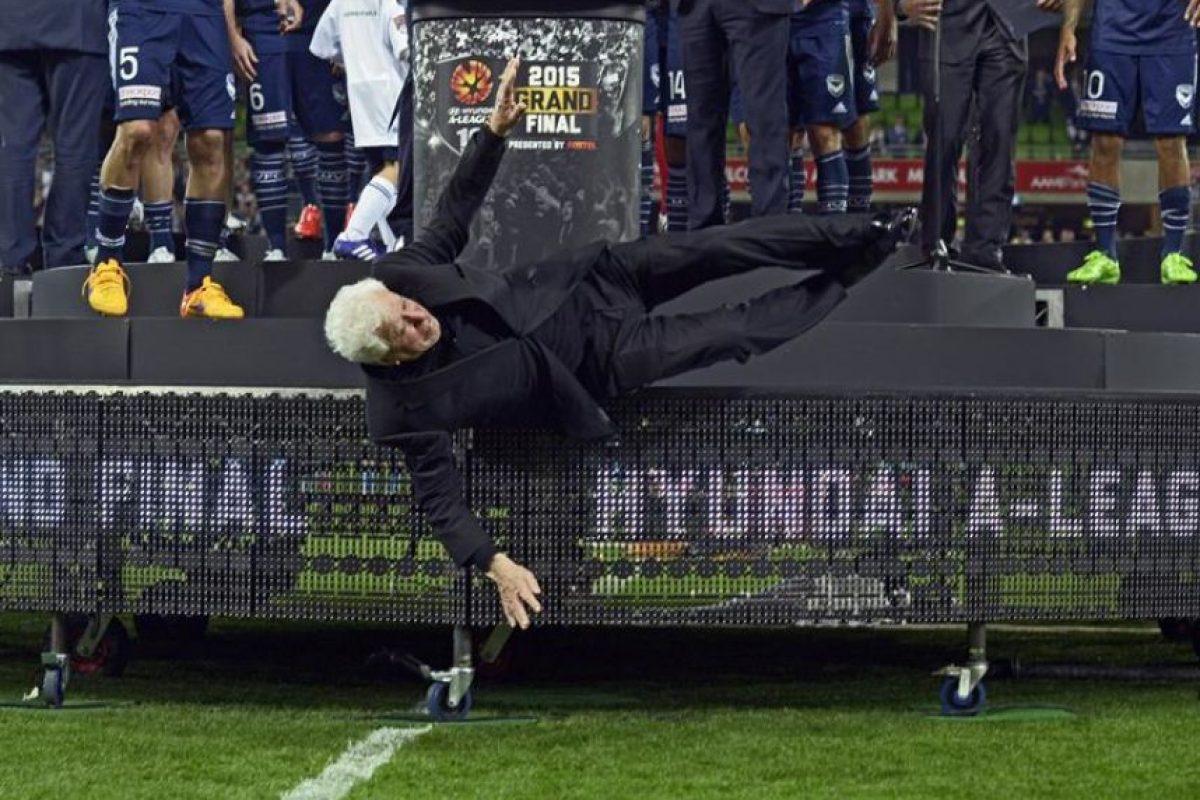 La caída de Lowy fue algo que captó la atención luego del partido de cierre de la temporada. Foto:EFE
