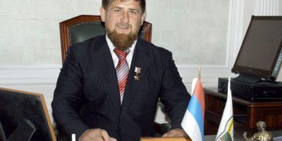 Vladímir Putin condecoró a Kadýrov con la medalla de Héroe de la Federación Rusa Foto:Getty Images