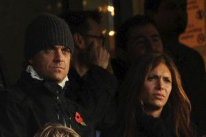 La demanda interpuesta es en contra de los dos, pero acusa especialmente a la esposa del cantante. Foto:Getty Images