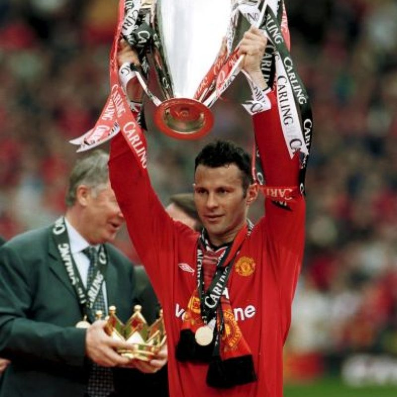 "El legendario futbolista del Manchester United vivió la época dorada de los ""Red Devils"" de Alex Ferguson en los años noventa y 2000, por lo que es el jugador más laureado de la historia con 36 trofeos que son: 13 Premier League, 10 Community Shield, 4 FA Cup, 4 Copas de la Liga, 2 Champions League, 1 Copa Intercontinental, 1 Mundial de Clubes y 1 Supercopa de Europa. Foto: Getty Images"