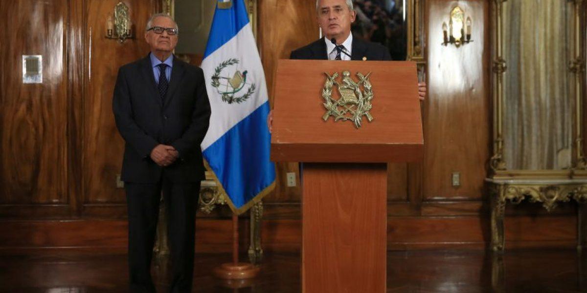 Pérez levanta la intervención en puertos y el aeropuerto