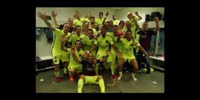 Así festejó el Barcelona su título de Liga el fin de semana pasado, a falta de una fecha para que termine la competencia en España. Foto:Vía facebook.com/LeoMessi