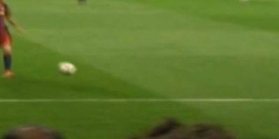 Messi simplemente perdió el control. Foto:Youtube: movioladefutbol